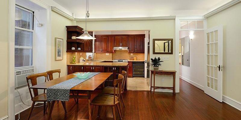 Celebrity Real Estate News: Joe Namath Purchases $1 Million NYC Co-Op